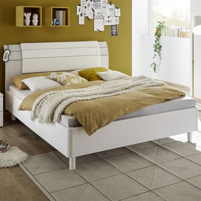 Apple bed white