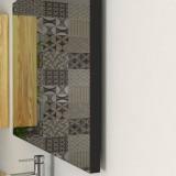 Miroirs bordure noire salle de bain et maison