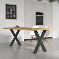 Table de cuisine Deryck en bois massif